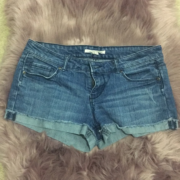 Forever 21 Pants - Forever21 Denim shorts size 28